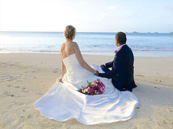 Cocobay Resort Bride & Groom