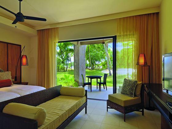 Constance Ephelia Junior Suite bedroom