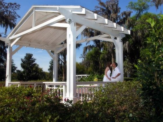 Cypress Grove, wedding in gazebo