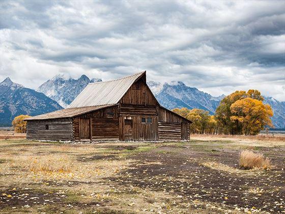 David Dunbar, Cabin near Yellowstone