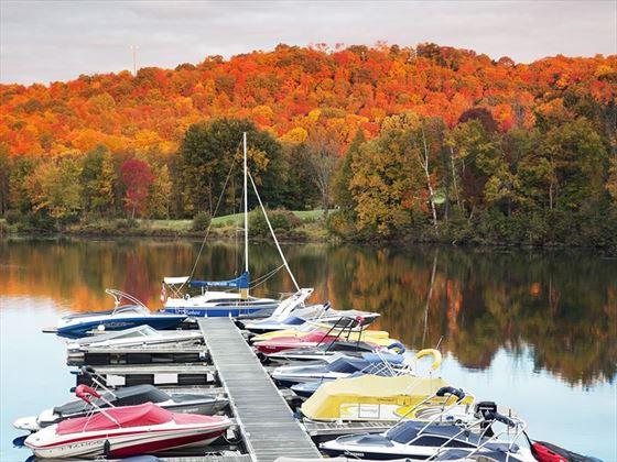 Fall colours at Deerhurst boat dock, Huntsville