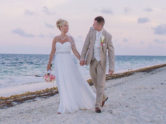 Beautiful weddings at the Dreams Riviera Cancun Resort & Spa