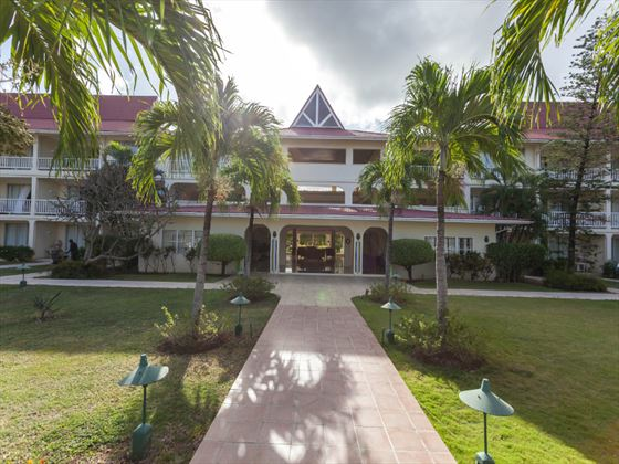 Entrance to Royal by rex resorts