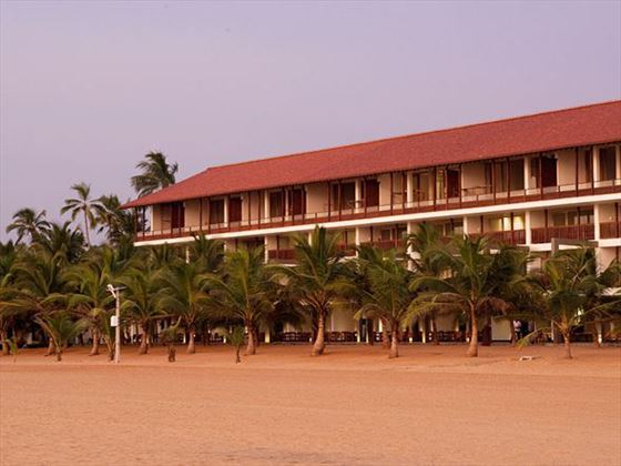 Exterior view of Jetwing Blue and Negombo beach