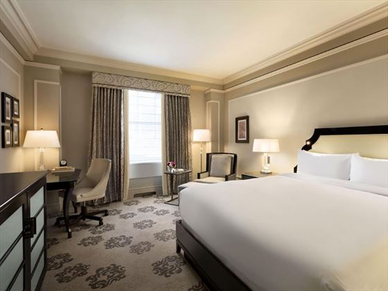 Fairmont Hotel Vancouver, Deluxe King Room