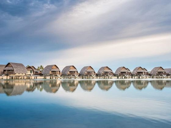 Fiji Marriott Resort Momi Bay Overwater Lagoon Bures