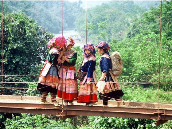 Hmong Girls, Sapa, Vietnam