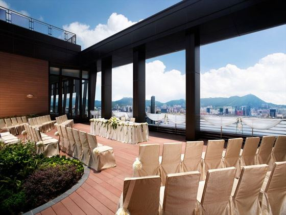 Le 188 terrace at Harbour Grand Hong Kong