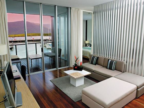 Horizon Club Level Suite at Shangri-La Cairns