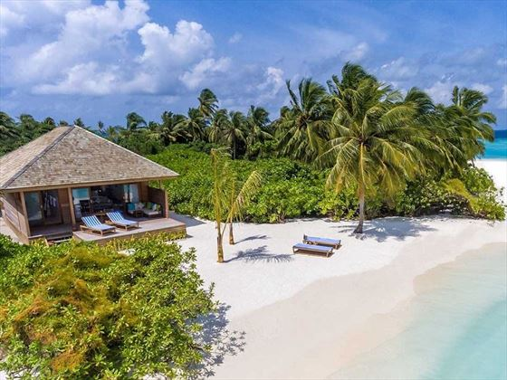 Hurawalhi Island Resort Beach Villa