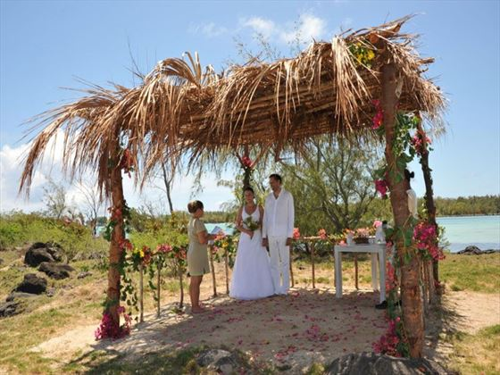 Wedding ceremony on Gran Zil, included in the Premier Wedding