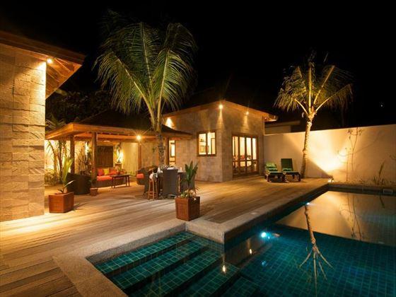 Kuredu Island Resort Sultan Pool Villa