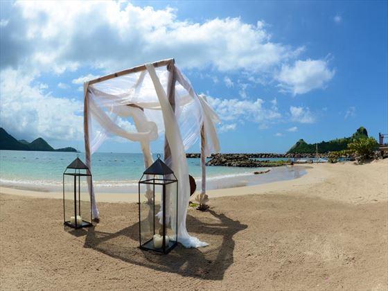 Beautiful beach wedding setting