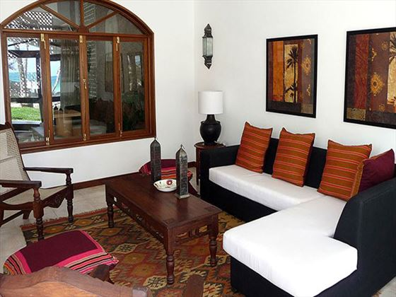 Lantana Galu Beach sitting room