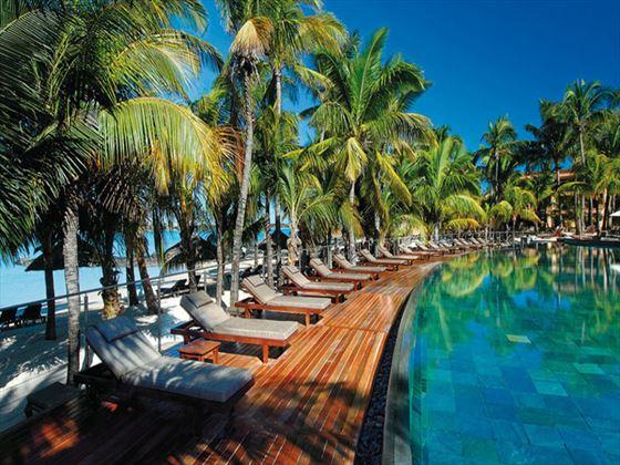 Le Mauricia pool and sun terrace
