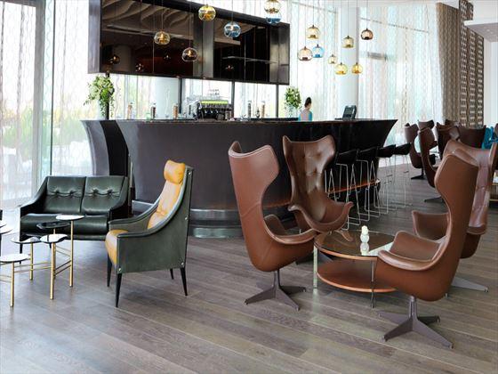 Lobby coffee bar at Viceroy Abu Dhabi