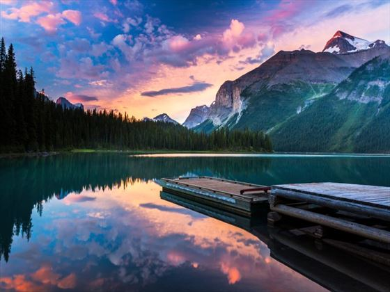 Maligne Lake at sunrise
