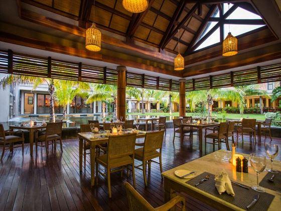 Quatre Cocos at Maritim Crystals Beach Hotel