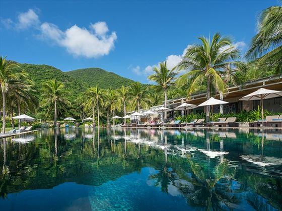 The pool at Mia Resort, Nha Trang