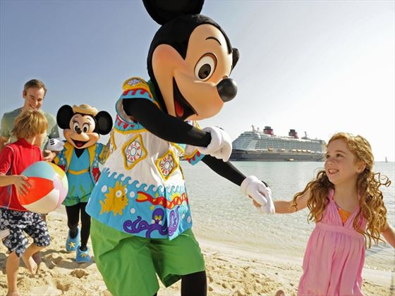 Mickey and kids at Castaway Cay