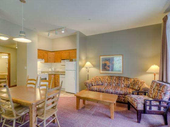 Nancy Greene's Cahilty Hotel, One Bedroom Suite