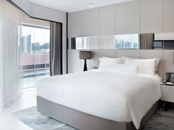 Oasis Room at Naumi Hotel, Singapore