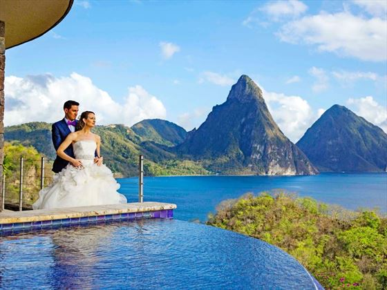 Jade Mountain Sky Jacuzzi Suite