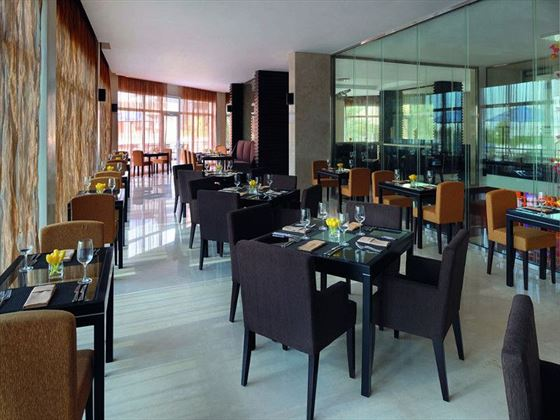 Nosh restaurant at Movenpick Jumeirah Lake Towers