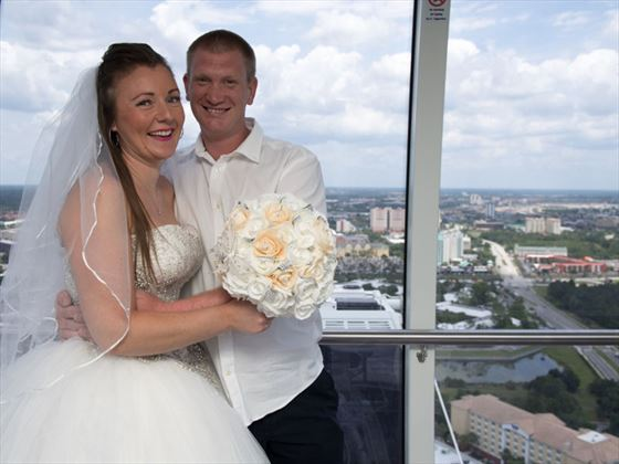 Bride & Groom in their capsule in the Orlando Eye
