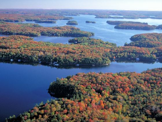 The beautiful lakes of Huntsville (Ontario Tourism)