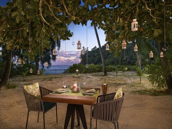 Private Romantic Beach Dinner with the Luxury Wedding package