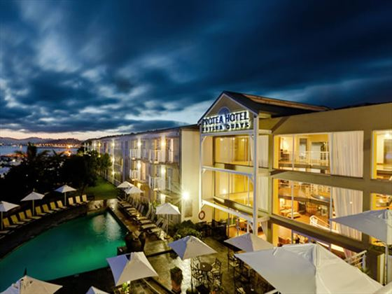 Protea Hotel Knysna Quay at night