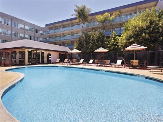 Hotel Zephyr pool