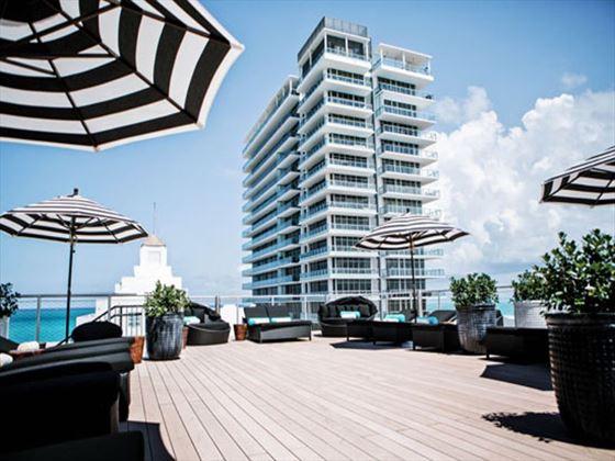 Rooftop sundeck at Hotel Croydon