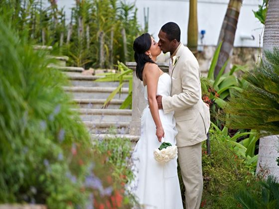 Jamaican weddings at Round Hill