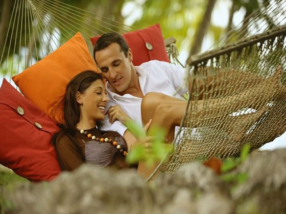 Relaxed honeymoon times in the tropical gardens at Saint Anne Island