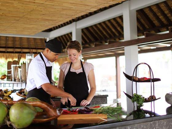 Samabe Bali Suites & Villas, Balinese cooking class