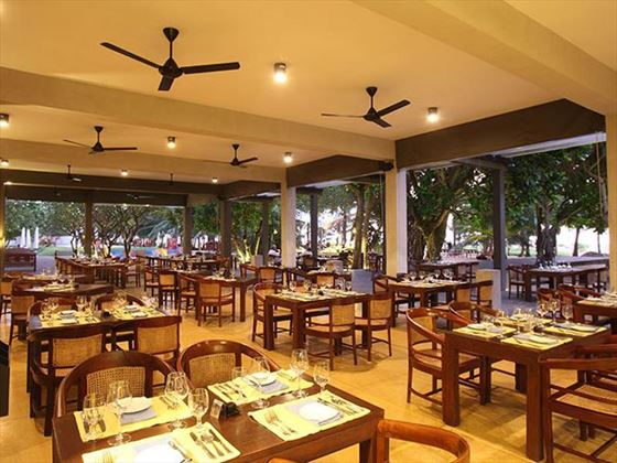 Sands restaurant at Jetwing Beach