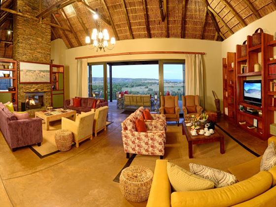 Sarili lounge at Shamwari Private Game Reserve