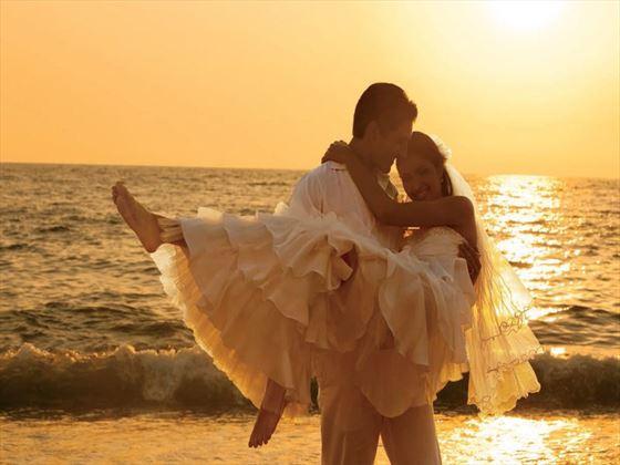 Bride & Groom at Secrets Playa Mujeres Golf & Spa Resort