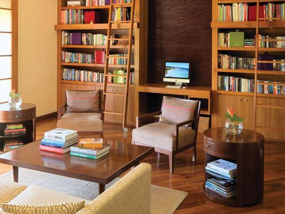 Shanti Maurice A Nira Resort library