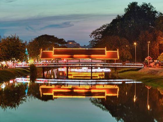 Siem Reap river at night