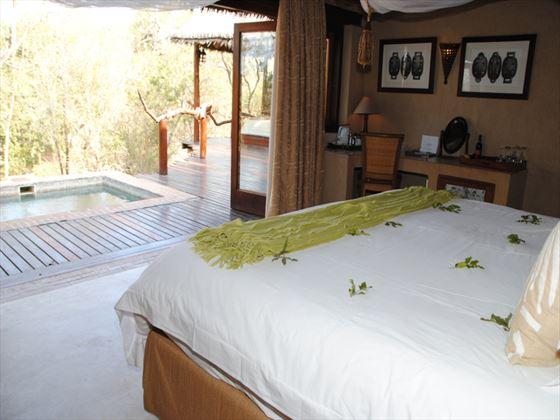Simbambili Game Lodge bedroom