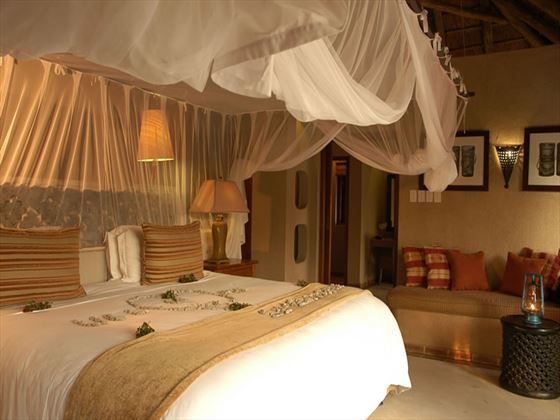 Simbambili Game Lodge room