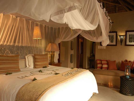Simbambili Game Lodge room