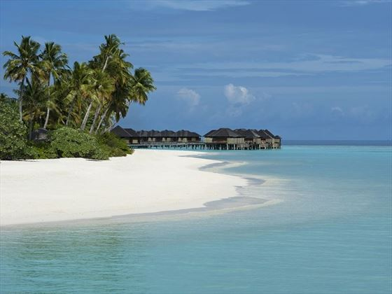 Sun Siyam water villas and beach