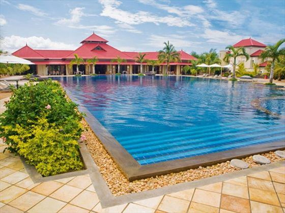 Tamassa outdoor swimming pool