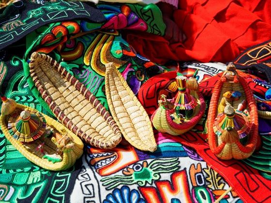 Traditional Crafts made in Lake Titicaca