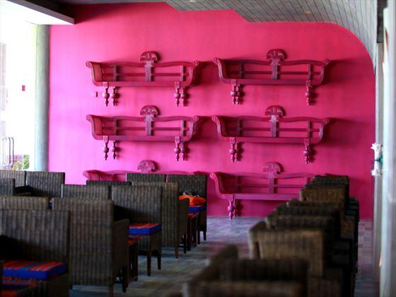 Tranzend bar at Chaaya Tranz Hikkaduwa