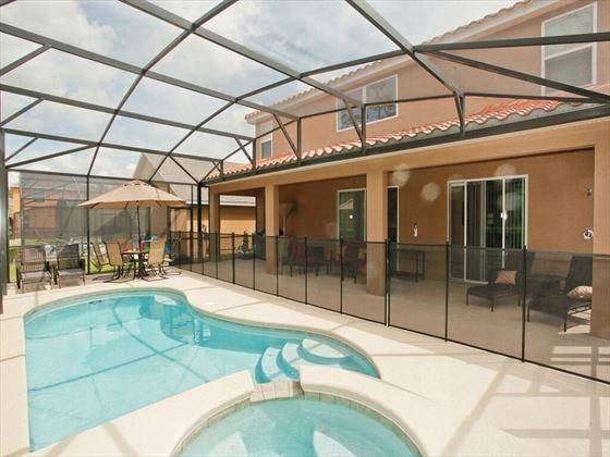 Typical Veranda Palms  Pool